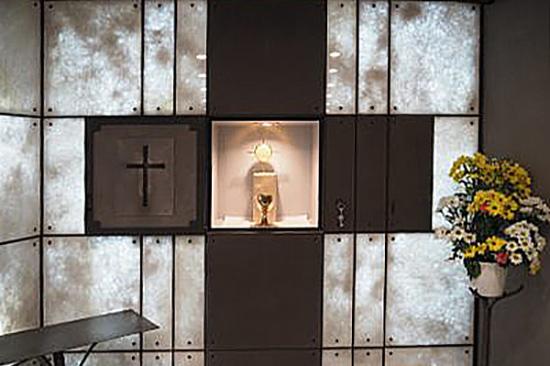 Tabernacle de la chapelle Saint Martin de Porrès à Paris