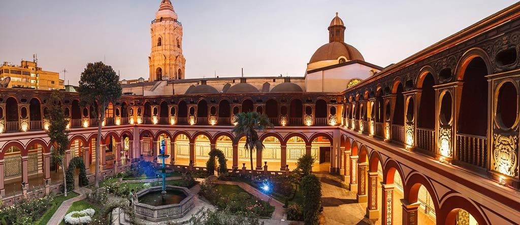 Eglise et couvent Saint Dominique Lime Pérou